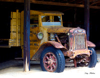 1929 Historic International Flat Bed Truck